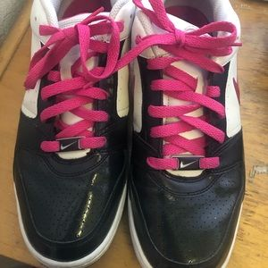 Black and pink women's air force 1